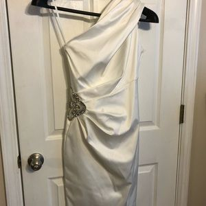 White satin one shoulder dress